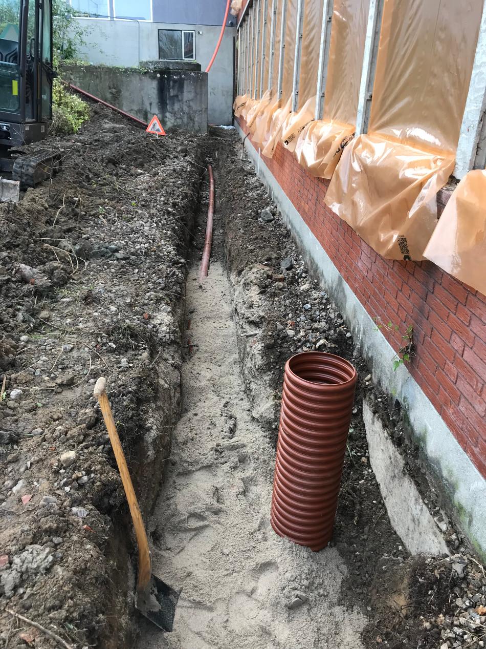 Nye tagbrønde samt afløbsledninger ved renovation af Langeskov skole